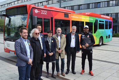 """""""Cottbus ist bunt"""": Linienbus wirbt für Toleranz"""